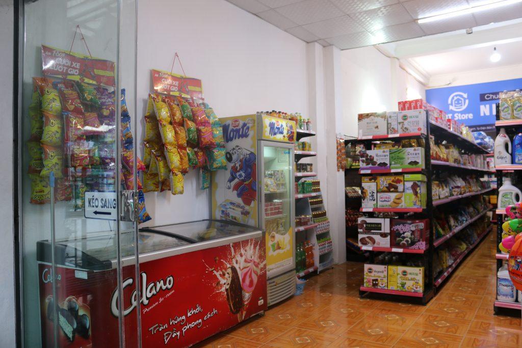 Hàng hóa tại siêu thị ở Điện Biên