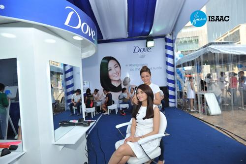 Khách hàng ảnh hưởng đến chiến lược marketing của Dove