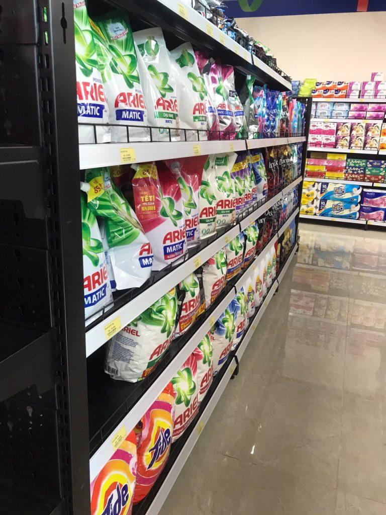 Trưng bày siêu thị S mart tại quận Thanh Xuân