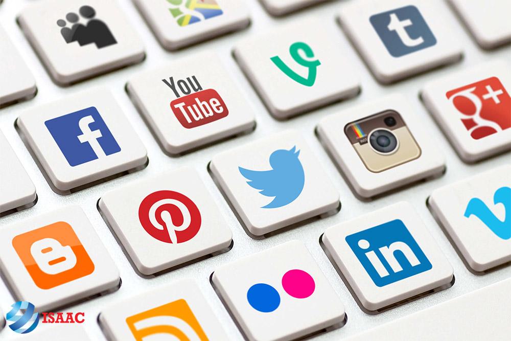 tận dụng social media
