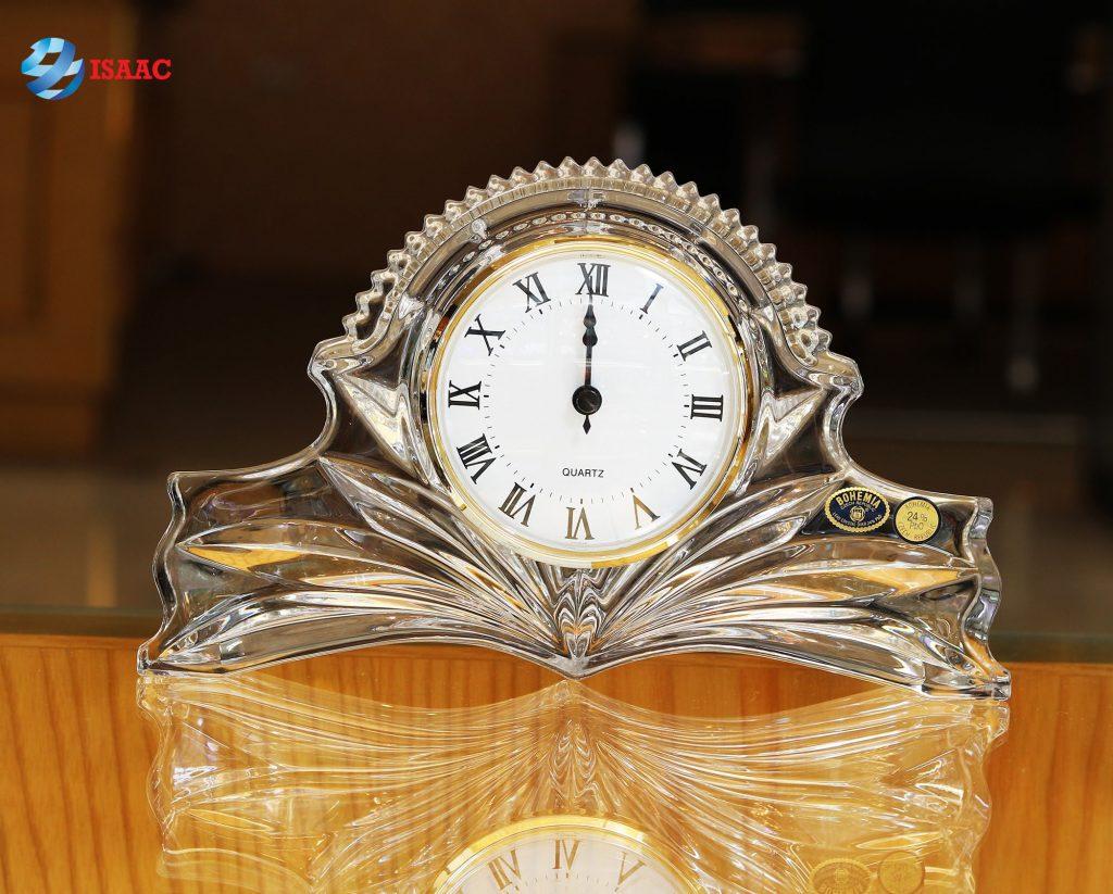 Đồng hồ pha lê tặng thầy cô